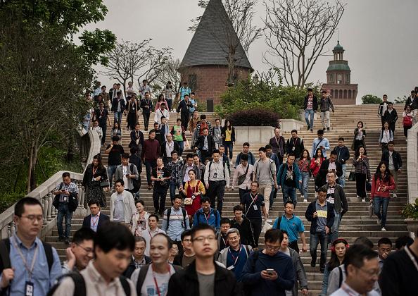 University「Inside Huawei, China's Tech Giant」:写真・画像(5)[壁紙.com]