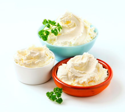 Sour Cream「cream cheese in various bowls」:スマホ壁紙(7)