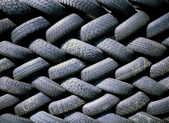 Recycling「Used tyres at collecting point」:写真・画像(17)[壁紙.com]