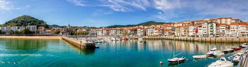 ビーチ「ビルバオ港とマリーナのパノラマ ビュー。バスク国ビスカヤ県、スペイン」:スマホ壁紙(13)
