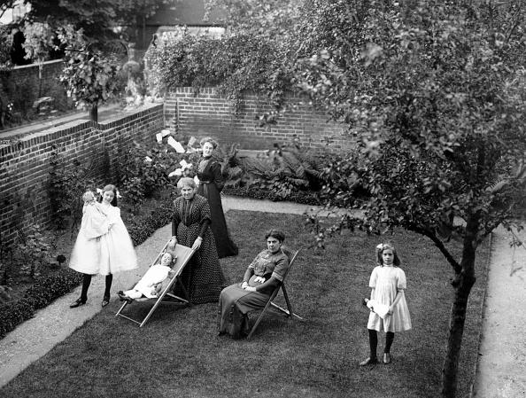 Edwardian Style「Walled Garden」:写真・画像(7)[壁紙.com]