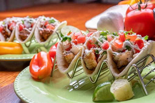Sour Cream「Delicious Grilled Shrimp Street Tacos」:スマホ壁紙(9)