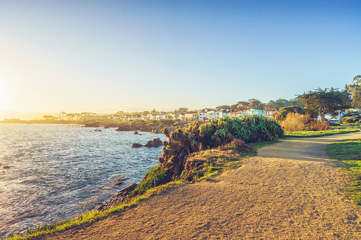 Footpath「scenic carmel beach of Carmel-by-the-Sea,California」:スマホ壁紙(14)