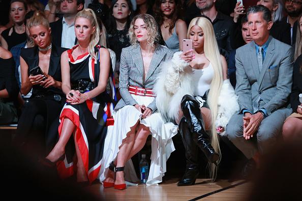 パリス・ヒルトン「Monse - Front Row - September 2017 - New York Fashion Week: The Shows」:写真・画像(18)[壁紙.com]