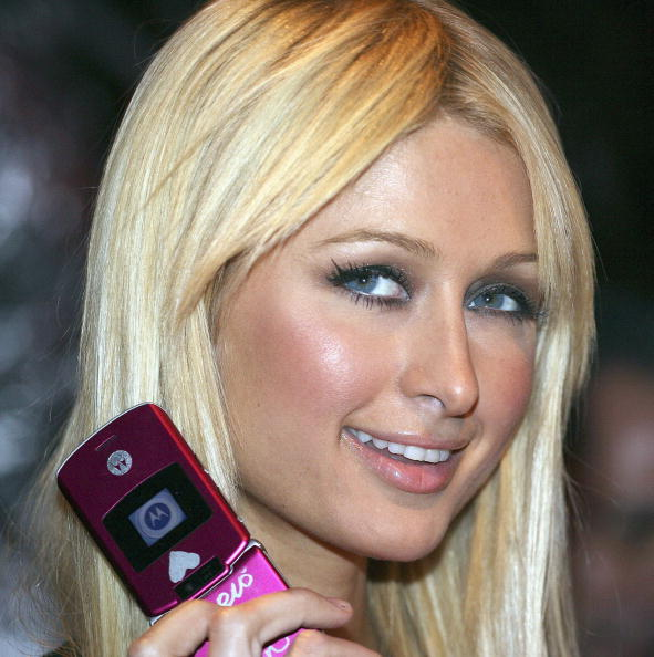 Mobile Phone「Paris Hilton Attends Mobile Phone Event In Japan」:写真・画像(17)[壁紙.com]