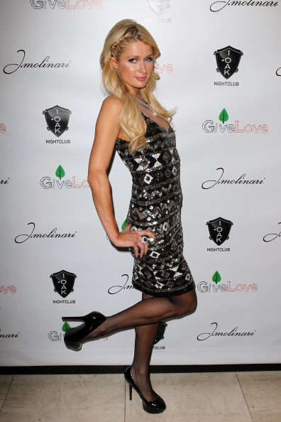 Diamond Pattern「1 OAK Las Vegas At The Mirage Hotel & Casino Grand Opening And GiveLove Charity Event」:写真・画像(16)[壁紙.com]