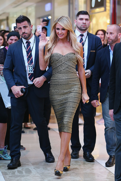 Protection「Paris Hilton Appearance」:写真・画像(1)[壁紙.com]