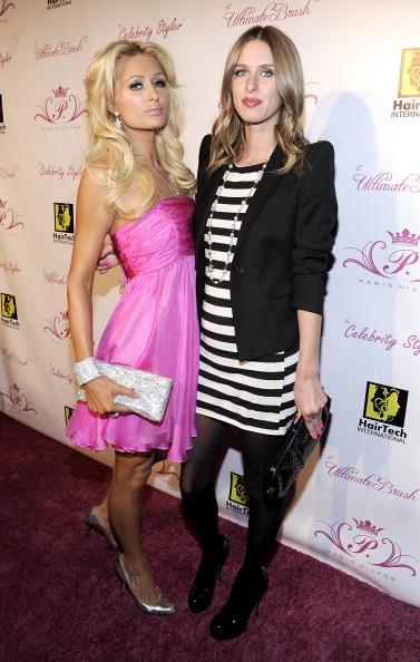 Hosiery「Launch Party For Paris Hilton's Hair And Beauty Line」:写真・画像(12)[壁紙.com]