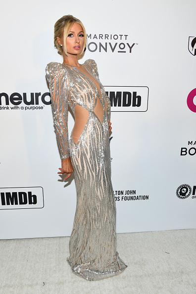 Silver Dress「Marriott Bonvoy Moments At The 27th Annual Elton John AIDS Foundation Academy Awards Viewing Party Celebrating EJAF And The 91st Academy Awards - Arrivals」:写真・画像(8)[壁紙.com]
