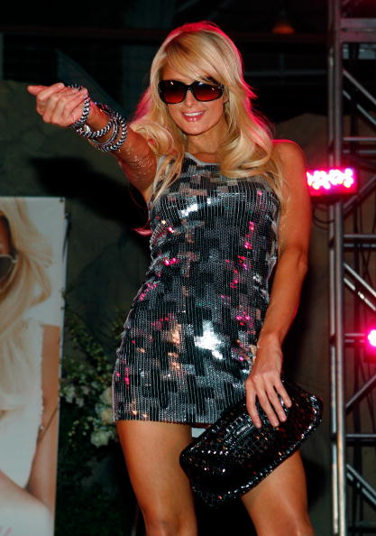 Cross Shape「Paris Hilton Sunglass Collection By Gripping Eyewear Launch Party」:写真・画像(14)[壁紙.com]