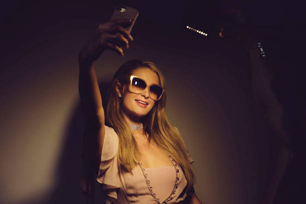 Paris Hilton Launches Rosé Rush Fragrance in Australia: An Alternative View:ニュース(壁紙.com)