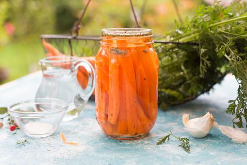Carrot「Fermented carrots in preserving jar」:スマホ壁紙(18)