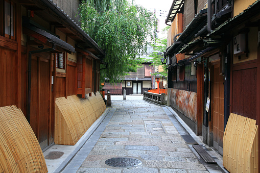 Kyoto City「Cityscape of Gion, Kyoto Prefecture, Honshu, Japan」:スマホ壁紙(13)