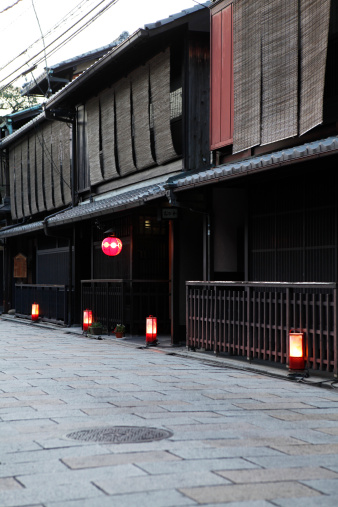 京都市「Cityscape of Gion, Kyoto Prefecture, Honshu, Japan」:スマホ壁紙(19)