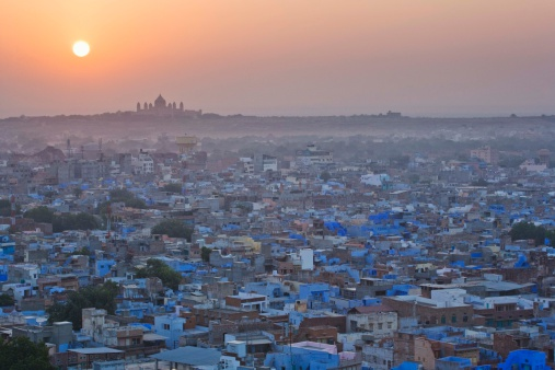 Rajasthan「Cityscape of Jodphur, Rajasthan, India at sunset」:スマホ壁紙(6)