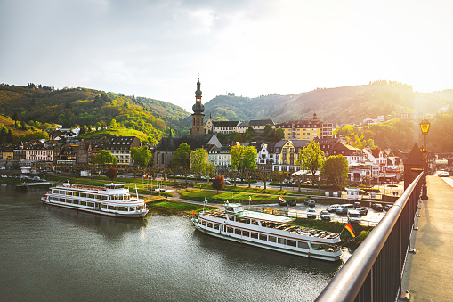 French Culture「Cityscape of Cochem and the River Moselle, Germany」:スマホ壁紙(0)