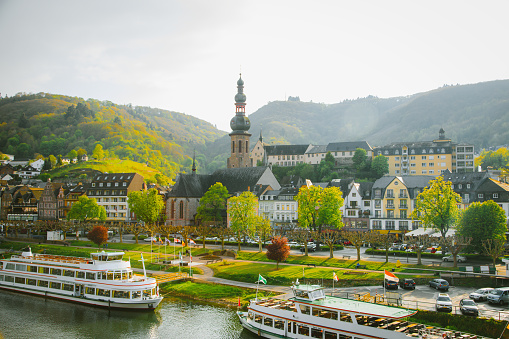 Cruise - Vacation「Cityscape of Cochem and the River Moselle, Germany」:スマホ壁紙(17)