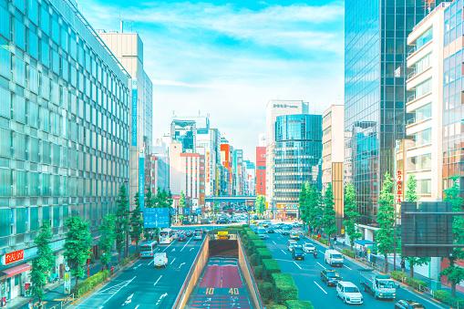 Tokyo - Japan「Cityscape of Shinbashi area viewing from Sotobori Street」:スマホ壁紙(14)