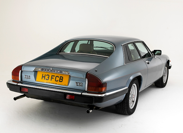 Finance and Economy「1991 Jaguar XJS V12」:写真・画像(15)[壁紙.com]