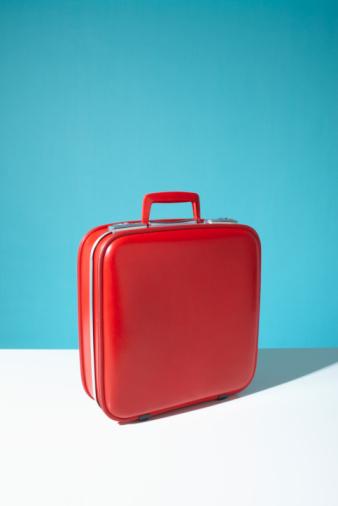 旅行「Red suitcase」:スマホ壁紙(7)