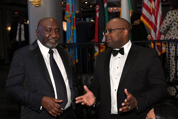 エメカ オカフォー「Best Of Africa Forbes International Award Oil And Gas Person Of The Year」:写真・画像(17)[壁紙.com]