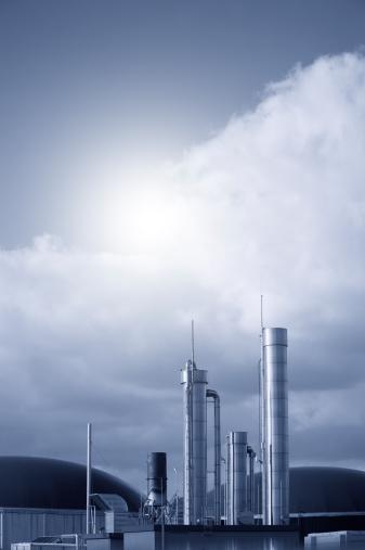 Biomass - Renewable Energy Source「Biogas energy plant against dramatic sky, Germany.」:スマホ壁紙(11)