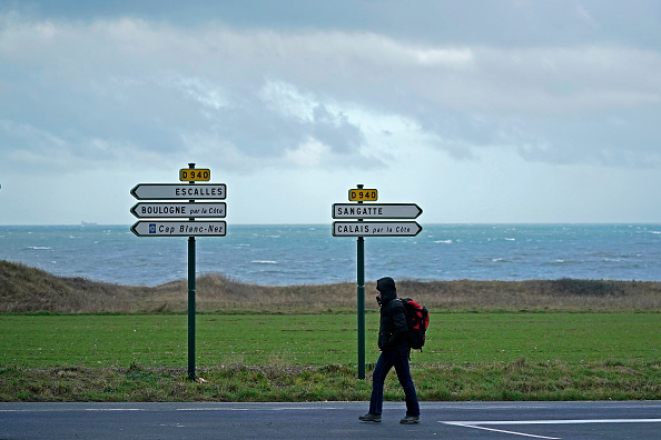 Sangatte「Migrants Gather Along The Northern French Coast」:写真・画像(0)[壁紙.com]