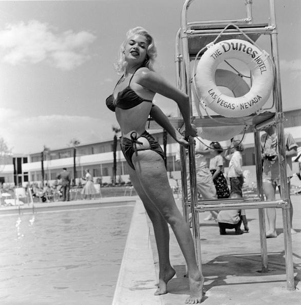 Photograph「Jayne Mansfield In Bikini」:写真・画像(13)[壁紙.com]