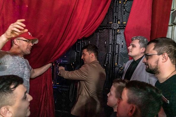 幸福「Volodymyr Zelenskiy, Actor And Political Novice, Is Leading Candidate For Ukraine's Presidency」:写真・画像(0)[壁紙.com]