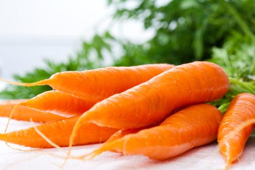 Carrot「Bunch of fresh carrots, close up」:スマホ壁紙(19)