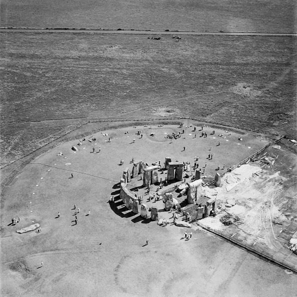 UNESCO「Restoration Work At Stonehenge」:写真・画像(4)[壁紙.com]
