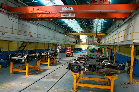 Bombardier「Restoration work on LUL bogies by Bombardier at REW Acton」:写真・画像(18)[壁紙.com]