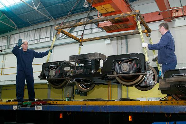 Bombardier「Restoration work on LUL bogies by Bombardier at REW Acton」:写真・画像(10)[壁紙.com]