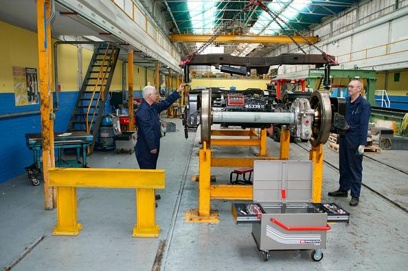 Bombardier「Restoration work on LUL bogies by Bombardier at REW Acton」:写真・画像(9)[壁紙.com]