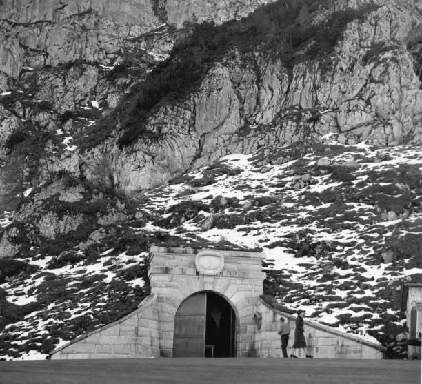 Mountainside Bunker:ニュース(壁紙.com)