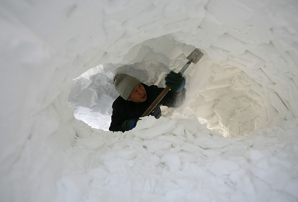 Ice Sculpture「Annual Harbin Ice Festival Kicks Off」:写真・画像(1)[壁紙.com]