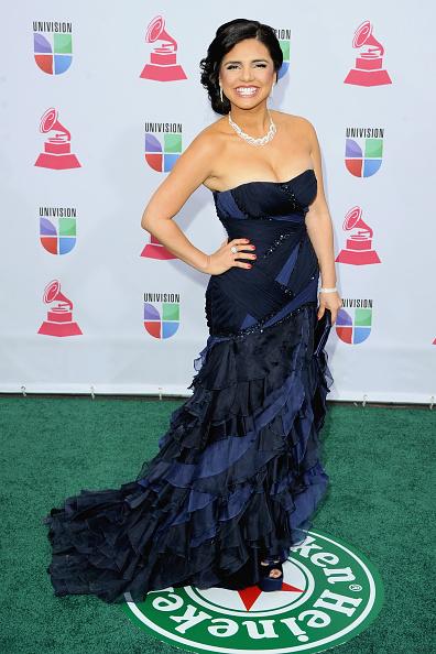 Blue Purse「The 13th Annual Latin GRAMMY Awards - Arrivals」:写真・画像(2)[壁紙.com]
