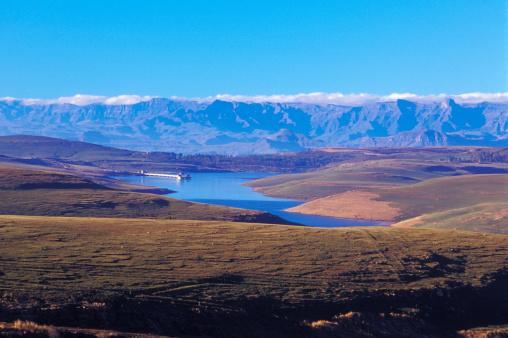 Nature Reserve「South Africa, Drakensberg, Free State, Sterkfontein Dam Nature Reserve, near R74 to Harrismith」:スマホ壁紙(18)