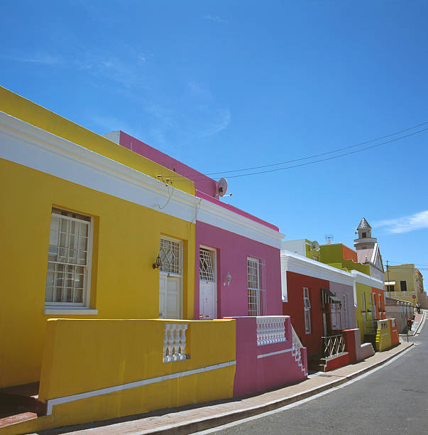 South Africa, Capetown, Bo-Kaap Quarter, houses and street:スマホ壁紙(壁紙.com)