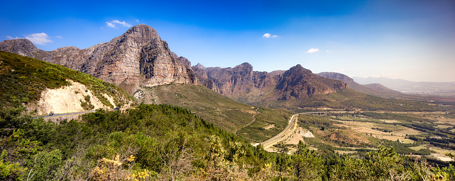 South Africa「South Africa Hawequas mountains and highway one aerial panorama」:スマホ壁紙(15)