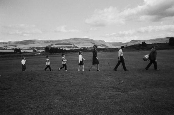 In A Row「Player And Family」:写真・画像(2)[壁紙.com]