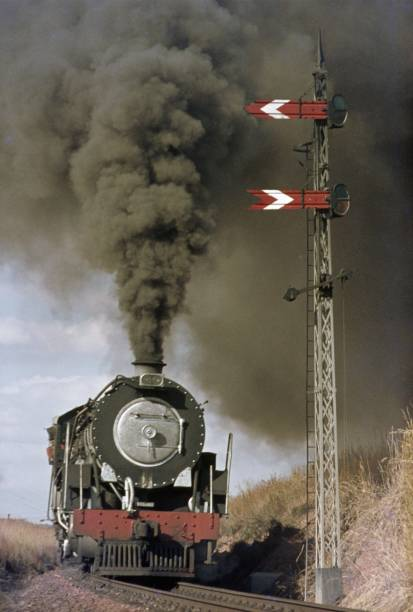 South African 'Big Bill' 15CA Class 4-8-2's at Panpoort in May 1973.:ニュース(壁紙.com)
