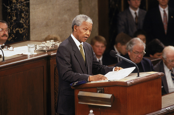Joint Session of Congress「Mandela Addresses The US Congress」:写真・画像(3)[壁紙.com]