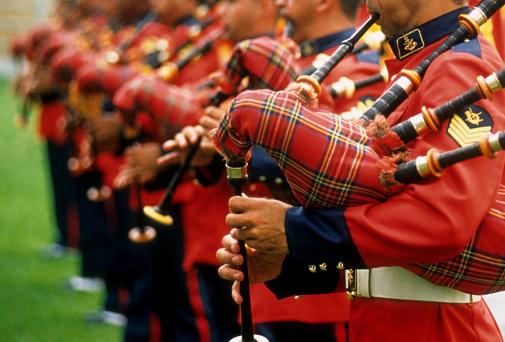 スコットランド文化「マリーヌバンド」:スマホ壁紙(13)