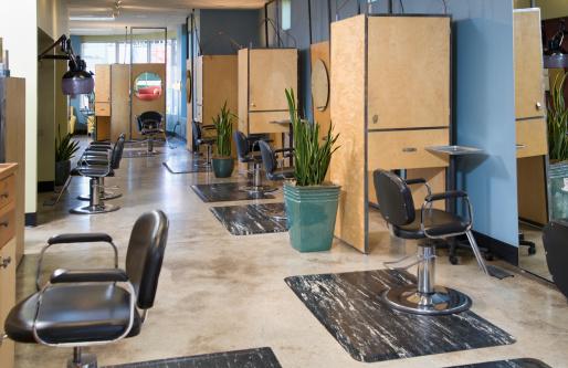 Hairdresser「Empty hairdressing salon, day」:スマホ壁紙(7)