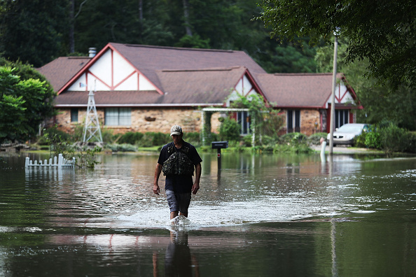 Gulf Coast States「Torrential Rains Bring Historic Floods To Southern Louisiana」:写真・画像(10)[壁紙.com]