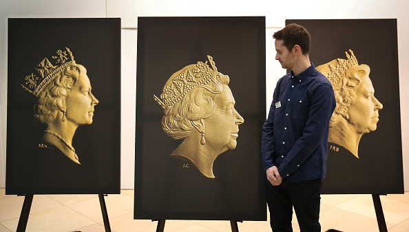 Royal Mint「Unveiling Of The Fifth Coinage Portrait Of Queen Elizabeth II」:写真・画像(12)[壁紙.com]