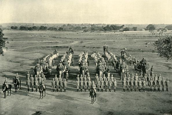 Pakistan「An Elephant Battery」:写真・画像(1)[壁紙.com]