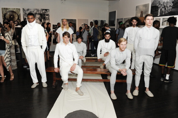 Dresser「Bureau V/BYCO - Presentation - Mercedes-Benz Fashion Week Spring 2014」:写真・画像(17)[壁紙.com]