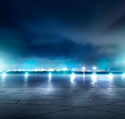Concrete「Night parking lot」:スマホ壁紙(18)